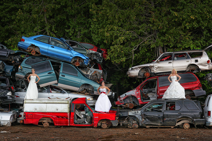 auto wreckers wedding session